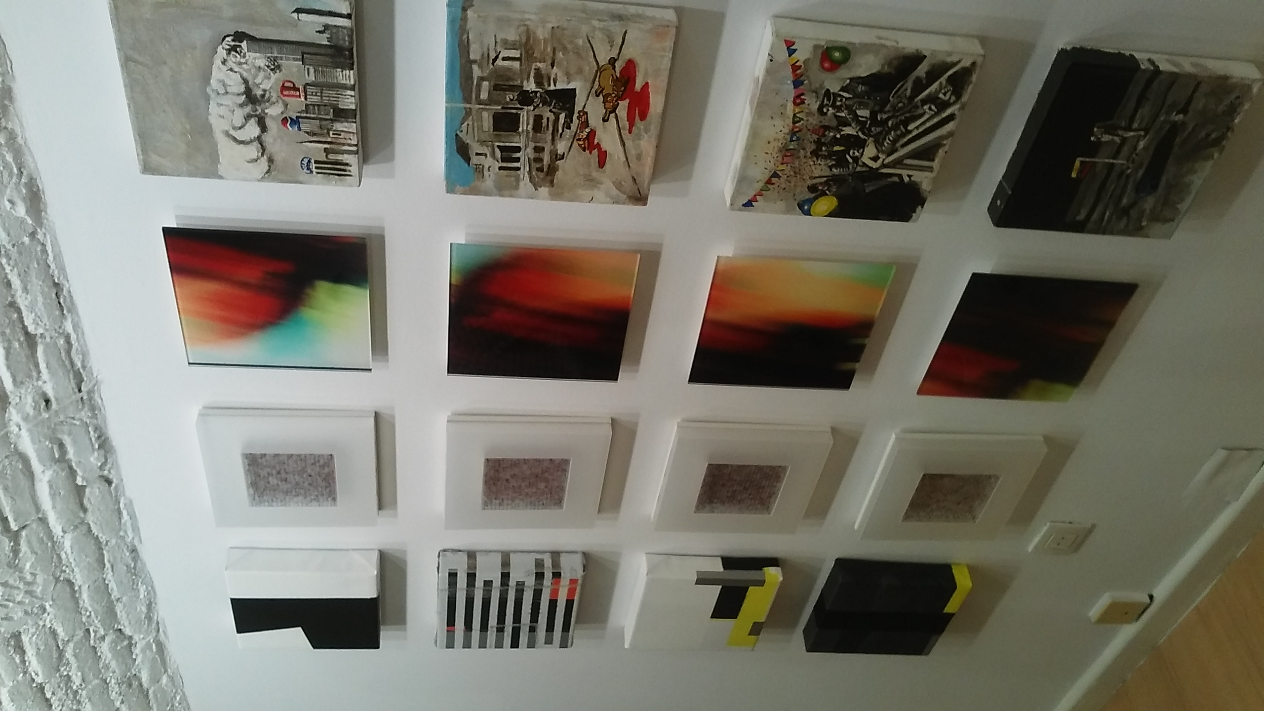 Pixels Miguel Murgas (segunda por la derecha)