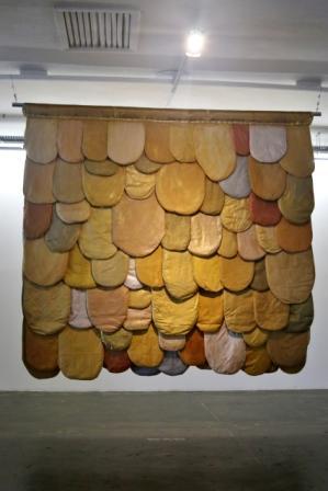 Leda Catunda - Linguas Douradas (2018)