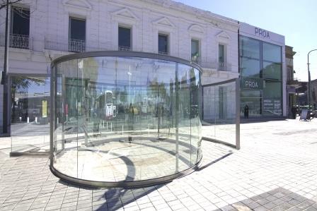 El molinete, Dan Graham (2019), Proa